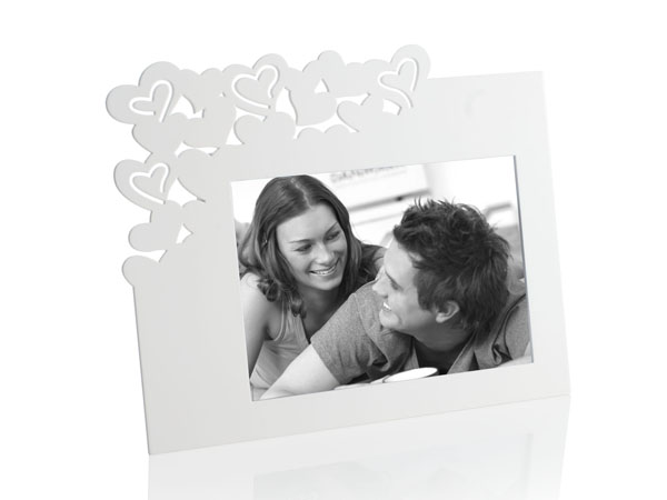 photo of 'Brandani Gift Group: PORTAFOTO BATTICUORE BIANCO MDF 13X18'