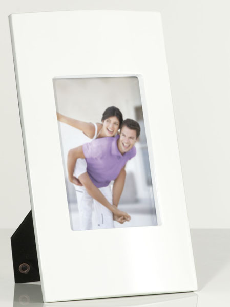 photo of 'Brandani Gift Group: PORTAFOTO BIANCO MDF INT.13X18CM'
